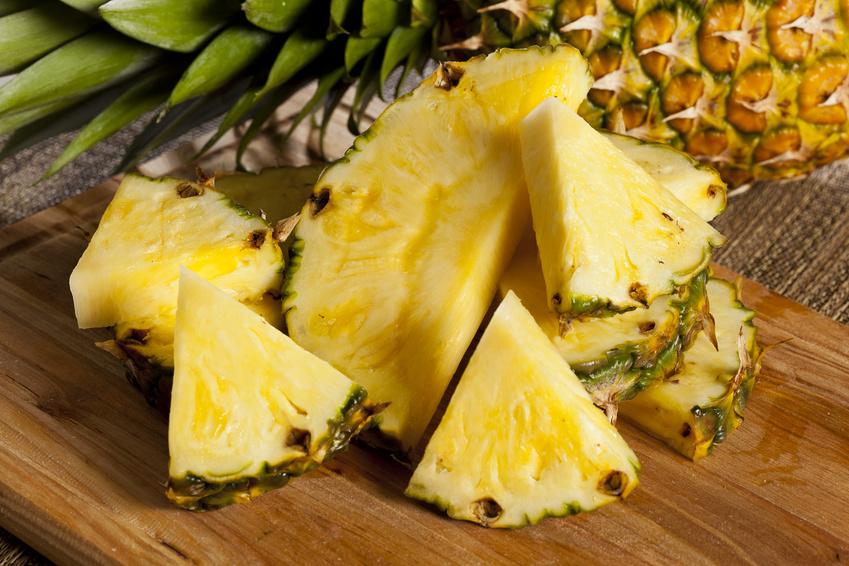 BORGES - СОВЕТ: Как почистить ананас