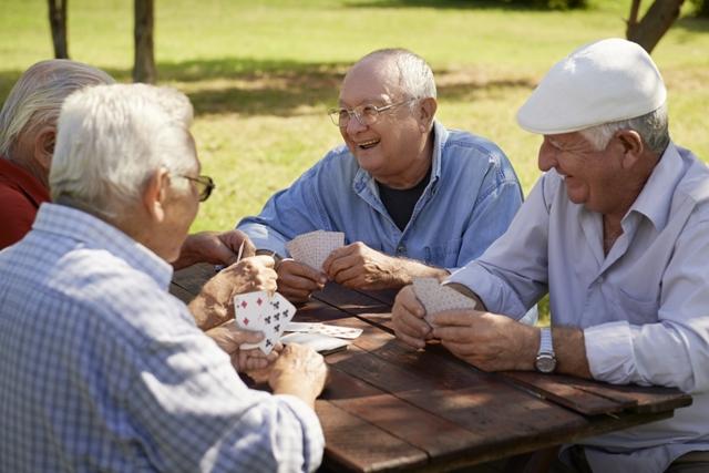 Borges - средиземноморская диета и потребление оливкового масла предупреждают ухудшение памяти в старости