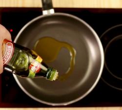 Borges Russia - Советы: Как узнать температуру масла при готовке